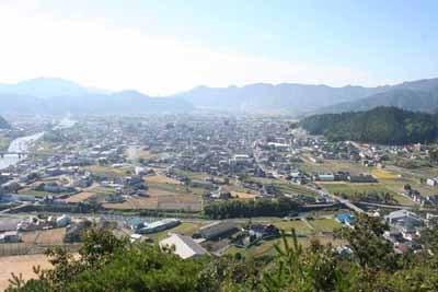 長水山城から山崎を見る