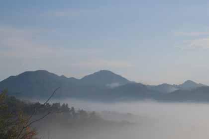 西嶽-霧の三岳