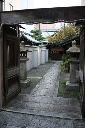 京-新玉津神社